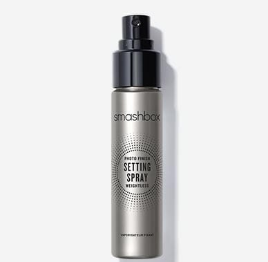 Travel-Size Photo Finish Setting Spray Weightless