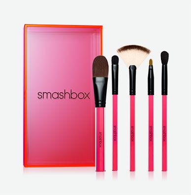 LIGHT IT UP: ESSENTIAL BRUSH SET